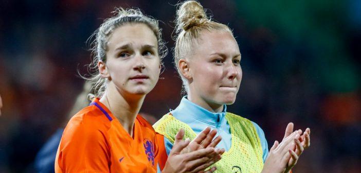 Vrouwen: Vivianne Miedema scoort voor Arsenal
