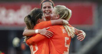 Nederland – Italië 2 – 0